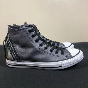 Converse Allstar Sneakers.